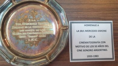Photo of LA ASOCIACIÓN ALVEAR HOMENAJEÓ A MERCEDES SIMONE
