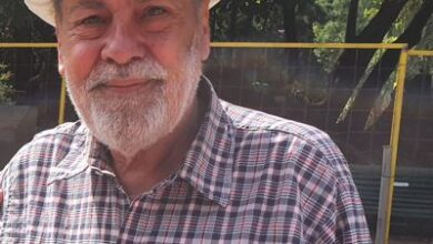 Photo of HOMENAJE A CARLOS COSTA, FIGURA CENTRAL DE LA FERIA DE FILATELIA DEL PARQUE RIVADAVIA